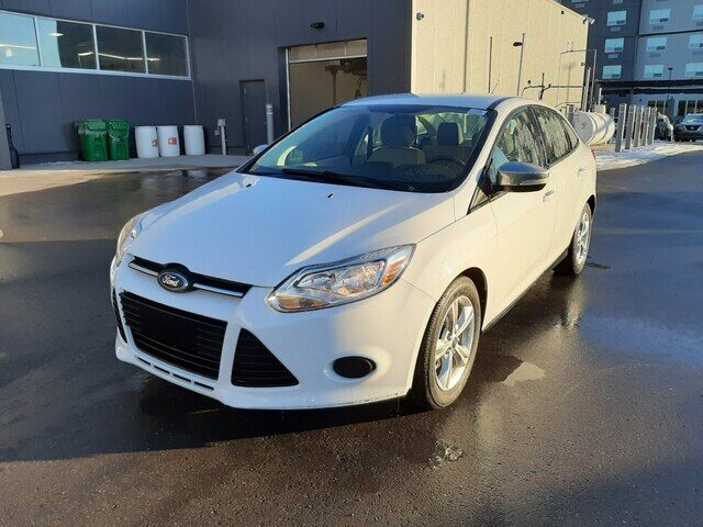 2013 Ford Focus SE   AUTOMATIC   CLOTH   *GREAT DEAL* Calgary AB