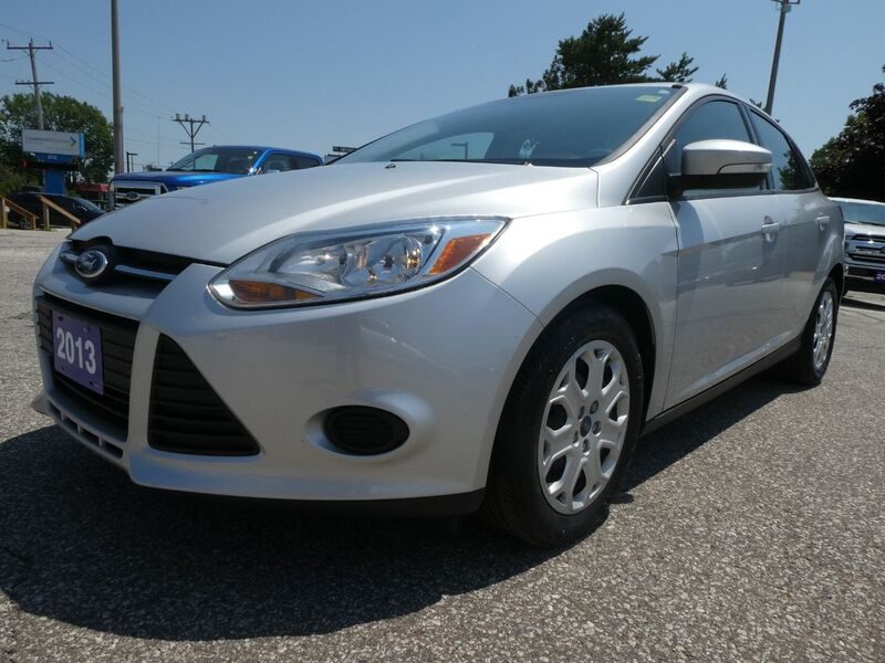 2013 Ford Focus SE Bluetooth Cruise Control Low KM Essex ON