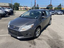 2013_Ford_Focus_SE_ Cleveland OH