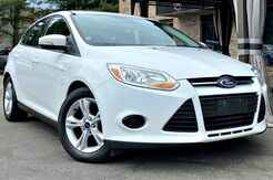 2013_Ford_Focus_SE_ Georgetown KY