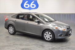 2013_Ford_Focus_SE 'ONLY 30K MILES!' REBUILT TITLE SPECIAL!! 36 MPG!!!_ Norman OK