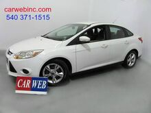 2013_Ford_Focus_SE Sedan_ Fredricksburg VA
