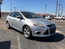 2013_Ford_Focus_SE Sedan_ Houston TX