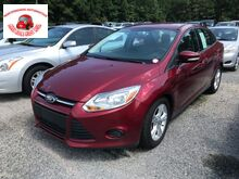 2013_Ford_Focus_SE Sedan_ North Charleston SC