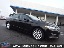2013_Ford_Fusion_4dr Sdn SE FWD_ Elkhart IN