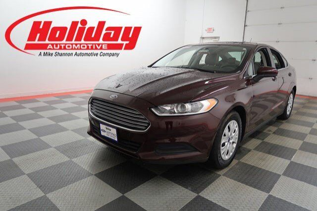 Vehicle Details 2013 Ford Fusion At Holiday Automotive