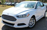 2013 Ford Fusion SE - w/ SATELLITE