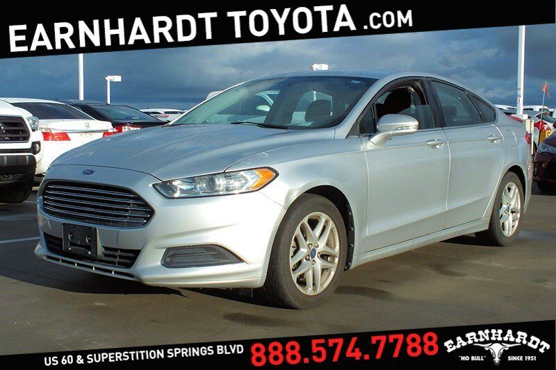 2013 Ford Fusion SE *PRICED TO SELL*