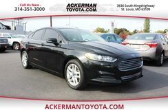 2013_Ford_Fusion_SE_ St. Louis MO