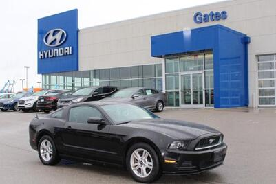 2013_Ford_Mustang_2dr Cpe V6_ Richmond KY