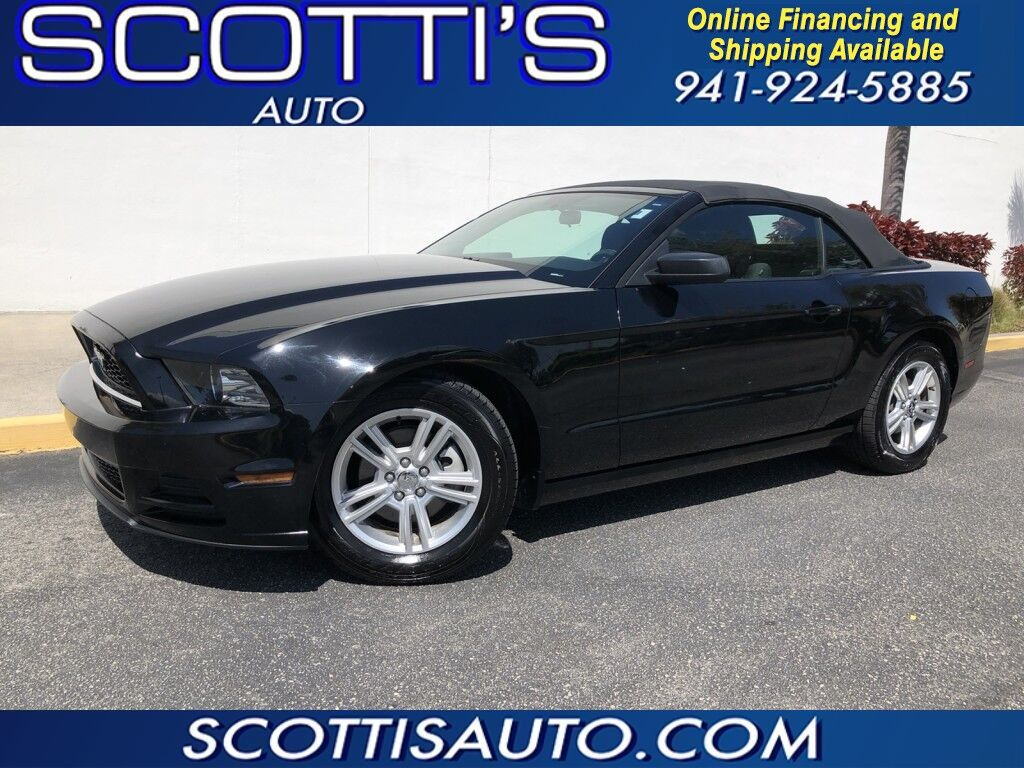 2013 Ford Mustang CONVERTIBLE~ V6 Premium~ AUTO~ POWER CONVERTIBLE TOP~ GREAT PRICE!!~ WE OFFER ONLINE FINANCE AND SHIPPING! CONTACT US TODAY! Sarasota FL