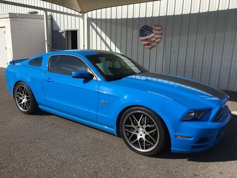 2013_Ford_Mustang_GT_ Mission TX
