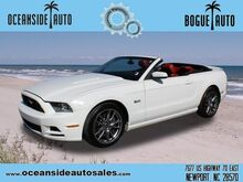 2013_Ford_Mustang_GT_ Newport NC
