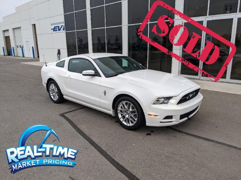 2013_Ford_Mustang_V6_ High River AB