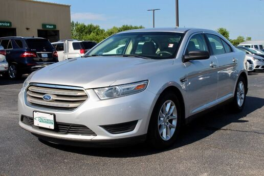 2013 Ford Taurus SE Fort Wayne Auburn and Kendallville IN