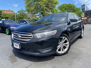 2013_Ford_Taurus_SEL_ Worcester MA