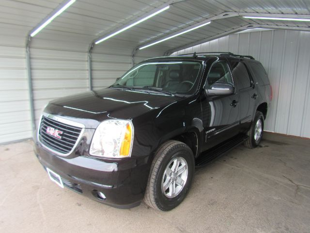2013 GMC Yukon SLT 2WD Dallas TX