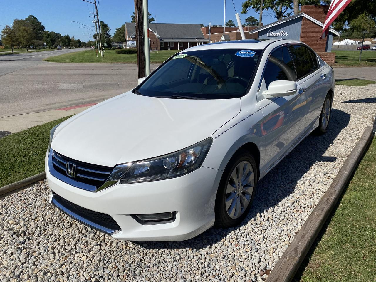 2013 HONDA ACCORD EX-L, WARRANTY, LEATHER, BACKUP CAM, PARKING SENSORS, BLUETOOTH, SUNROOF, 1 OWNER, CLEAN CARFAX! Norfolk VA