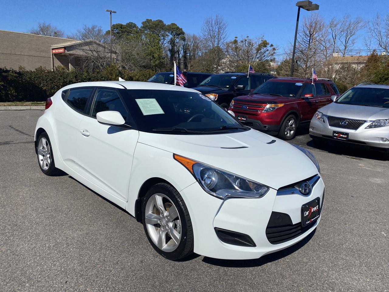 2013 HYUNDAI VELOSTER 3 DOOR HATCHBACK, ONE OWNER, BLUETOOTH WIRELESS, VERY CLEAN, WELL MAINTAINED, ONLY 34K MILES!