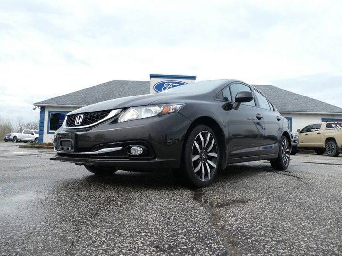 2013 Honda Civic Sdn Touring- LEATHER- SUNROOF- NAVIGATION- BLUETOOTH Essex ON