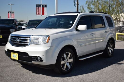 2013 Honda Pilot Touring 2WD 5-Spd AT with DVD Houston TX