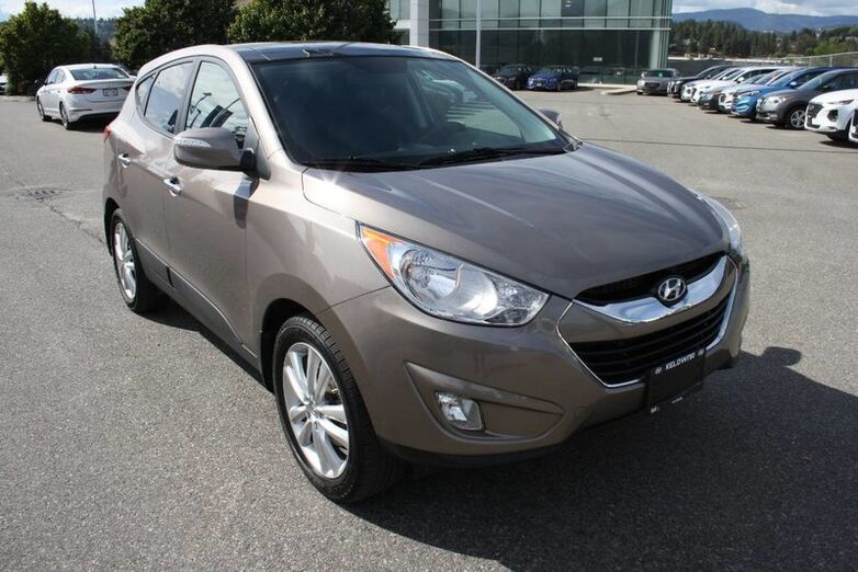 2013 Hyundai Tucson Limited No accident, Leather, Sunroof, Low kms Kelowna BC