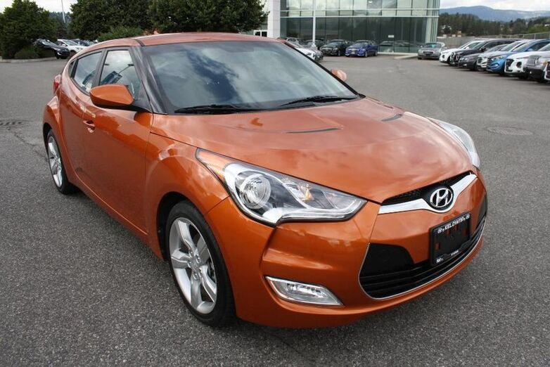 2013 Hyundai Veloster 3dr cpe Auto No accident, One owner. Kelowna BC