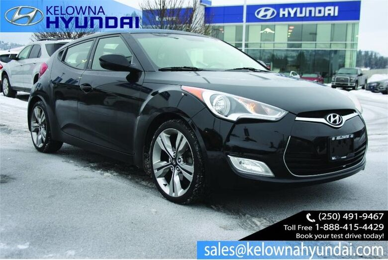 2013 Hyundai Veloster w/Tech Keyless entry,Alloy wheels,Nav, sunroof Penticton BC