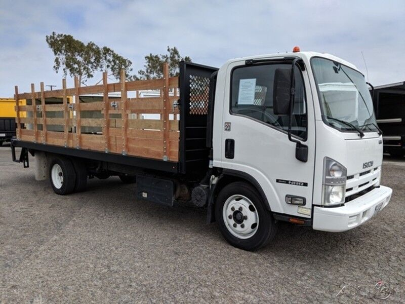 2013 Isuzu NRR 18FT Stake Bed Truck