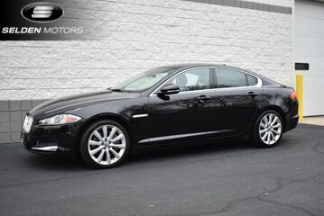 2013_Jaguar_XF_V6 AWD_ Willow Grove PA
