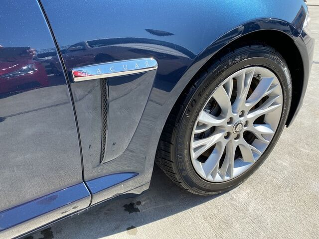 2013 Jaguar XF,TEXAS BORN,11 SERVICE RECORDS,LOADED! V6 RWD Houston TX