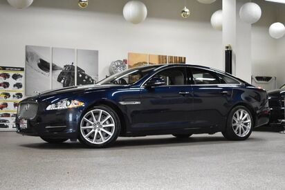 2013_Jaguar_XJ_AWD_ Boston MA