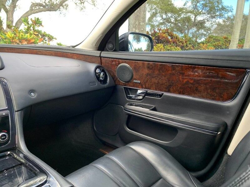 2013 Jaguar XJ Base Hollywood FL