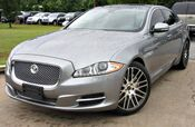 2013 Jaguar XJ w/ NAVIGATION & LEATHER SEATS