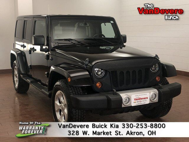 2013 Jeep Wrangler Unlimited Sahara Akron OH