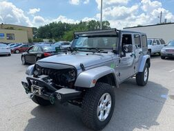 2013_Jeep_Wrangler Unlimited_Sahara_ Cleveland OH
