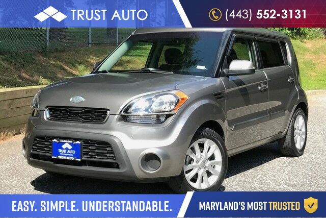 2013 Kia Soul + Automatic Wagon / Hatchback