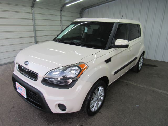 2013 Kia Soul + Dallas TX