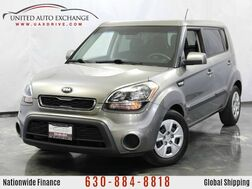 2013_Kia_Soul_1.6L 4-Cyl Engine / Hatchback_ Addison IL