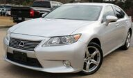 2013 Lexus ES 300h ** HYBRID ** - w/ NAVIGATION & LEATHER SEATS