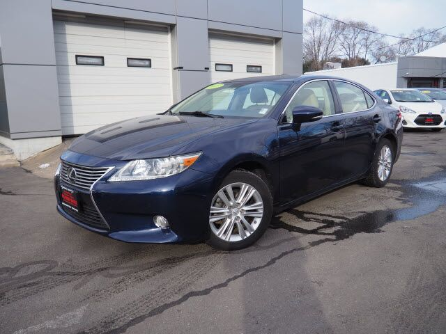 2013 Lexus ES 350 Base Lexington MA