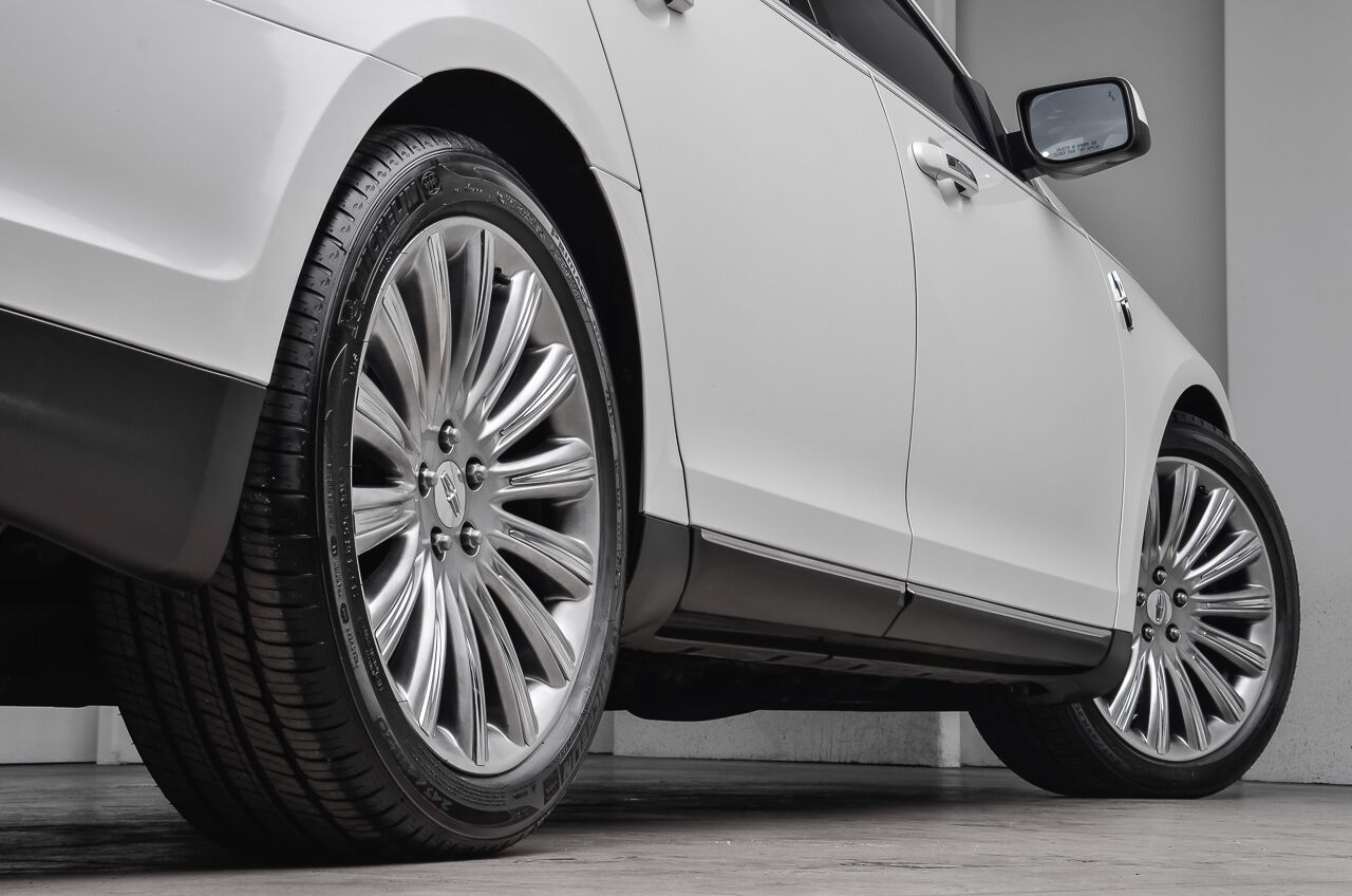 2013 Lincoln MKS  Akron OH