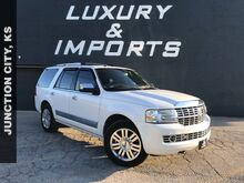 2013_Lincoln_Navigator_Base_ Leavenworth KS