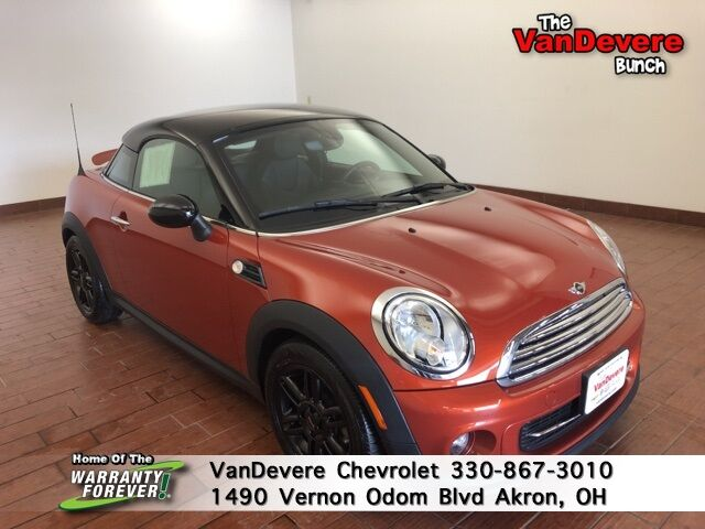 2013 MINI Cooper Base Akron OH