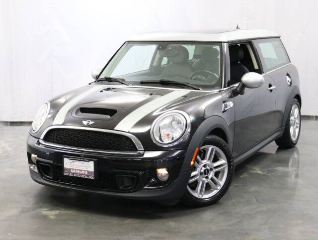 2013 MINI Cooper Clubman S / 1.6L Turbocharged Engine / MANUAL Transmission / Dual Pane Panoramic Sunroof / Bluetooth / Heated Leather Seats / Power Folding Mirrors Addison IL