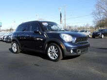 2013_MINI_Cooper S Countryman__ Hamburg PA