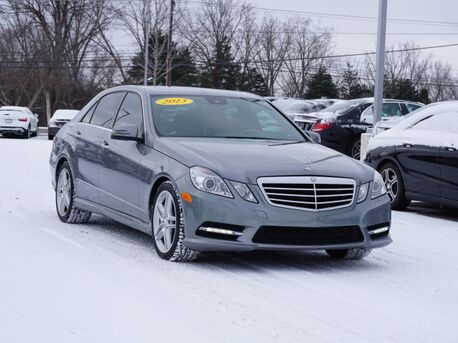 2013_Mercedes-Benz_E_550 4MATIC® Sedan_  Novi MI