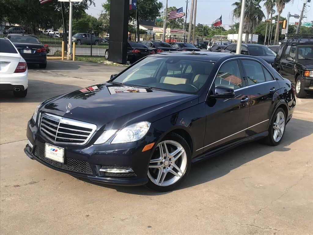 2013_Mercedes-Benz_E-Class_E 350_ Houston TX