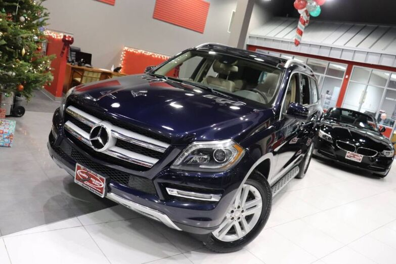 2013 Mercedes-Benz GL-Class GL 350 BlueTEC P02 Package Navigation Lighting Lane tracking Panorama Roof Tow Hitch Running Boards Springfield NJ