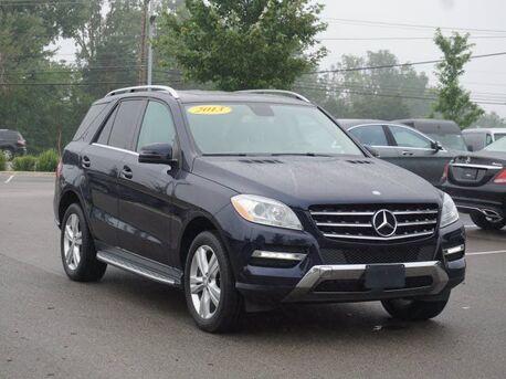 2013_Mercedes-Benz_ML_350 4MATIC® SUV_  Novi MI
